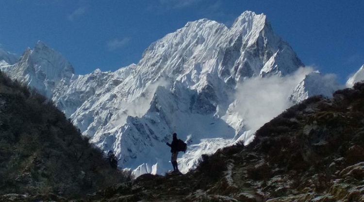 Trekking to Everest: