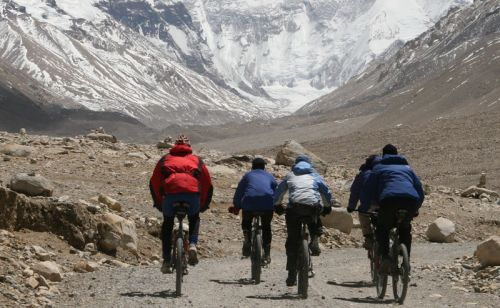 Cycling tour in Tibet